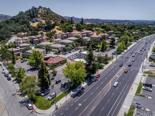 Commercial for Sale at 9525 El Camino Real Atascadero, California 93422 United States