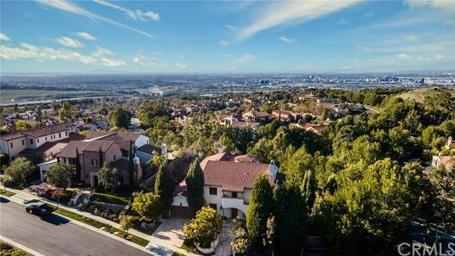 Detached House for Sale at 51 Grandview Irvine, California 92603 United States