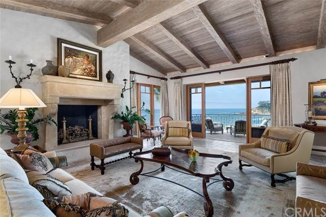 Detached House for Sale at 2431 Riviera Drive Laguna Beach, California 92651 United States