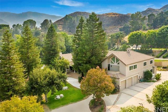 Single Family Homes for Sale at 16242 Pineview Road Canyon Country, California 91387 United States