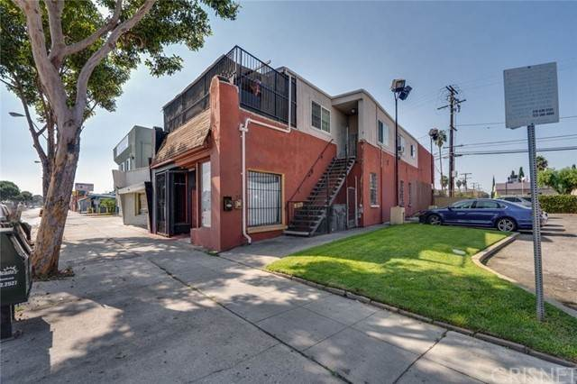 Commercial for Sale at 11009 Atlantic Avenue Lynwood, California 90262 United States