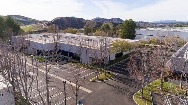 Commercial for Sale at 94 W Cochran Street B Simi Valley, California 93065 United States