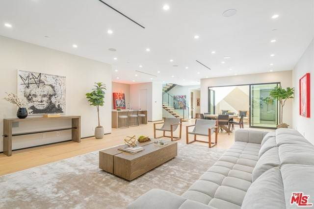 Single Family Homes for Sale at 8737 ASHCROFT Avenue West Hollywood, California 90048 United States