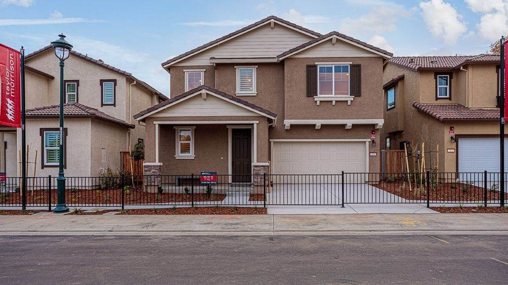 Single Family for Sale at Farmstead Square In Vacaville - Residence 4 500 N. Orchard Avenue VACAVILLE, CALIFORNIA 95688 UNITED STATES