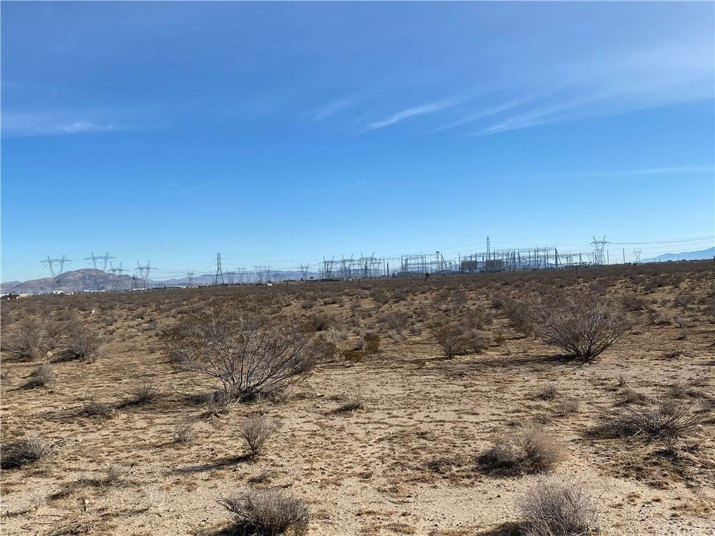 Land for Sale at North Adelanto, Adelanto, California United States