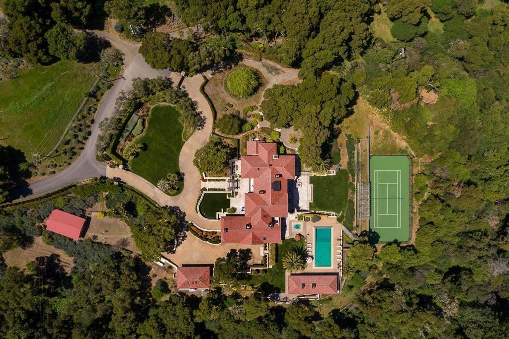 Residential for Sale at 5660 Alpine Road Portola Valley, California 94028 United States