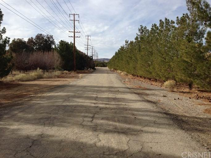 Land for Sale at Tierra Subida Avenue Palmdale, California 93551 United States