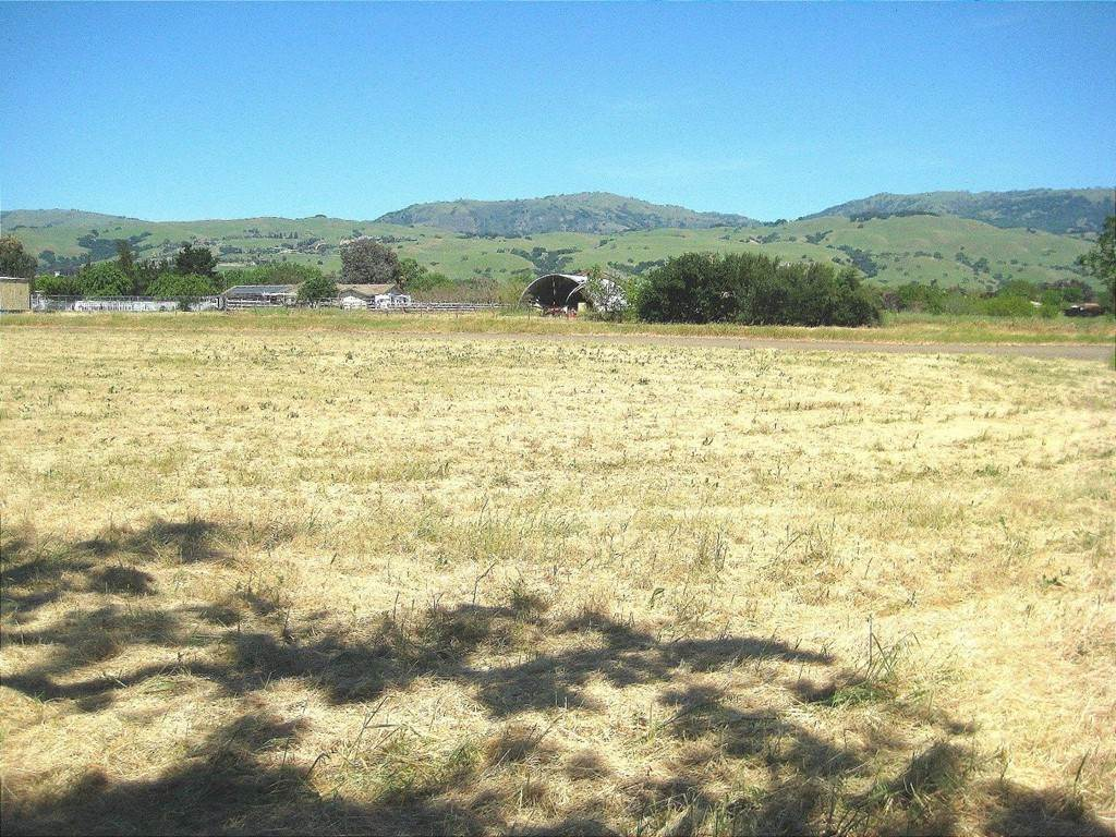 Land for Sale at 13640 Sycamore Avenue San Martin, California 95046 United States