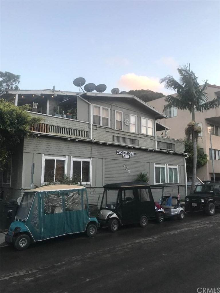 Townhouse Mixed Use for Sale at 332 Clemente Avenue Avalon, California 90704 United States