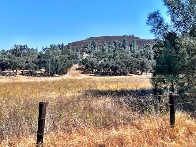 Residential for Sale at 76725 Bryson Hesperia Road Bradley, California 93426 United States