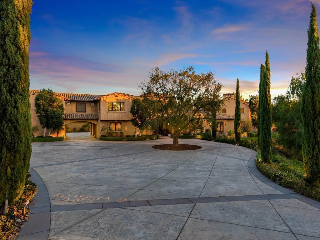 Residential for Sale at 60 Presidential Drive Simi Valley, California 93065 United States