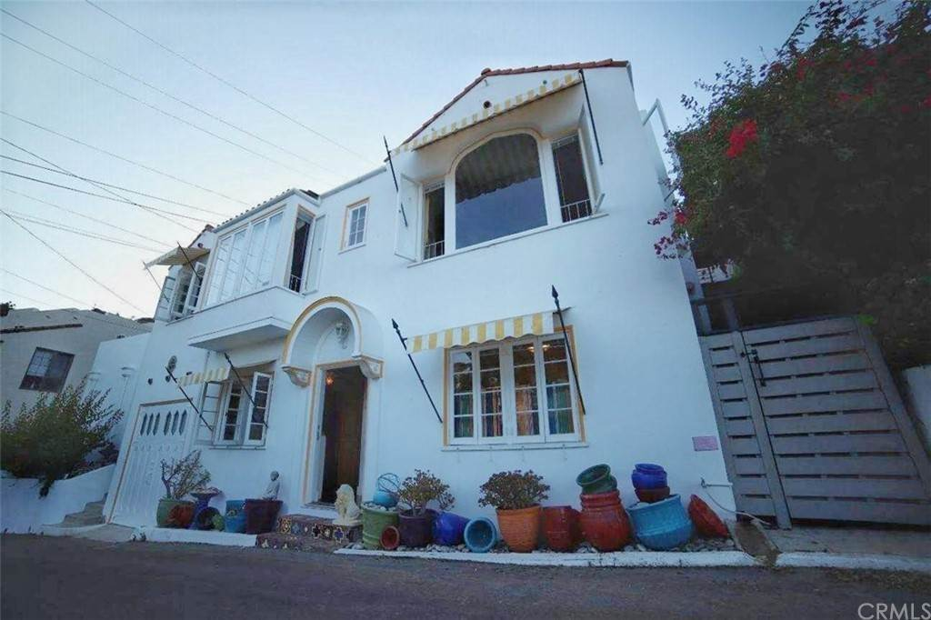 Residential for Sale at 324 Las Lomas Avenue Avalon, California 90704 United States