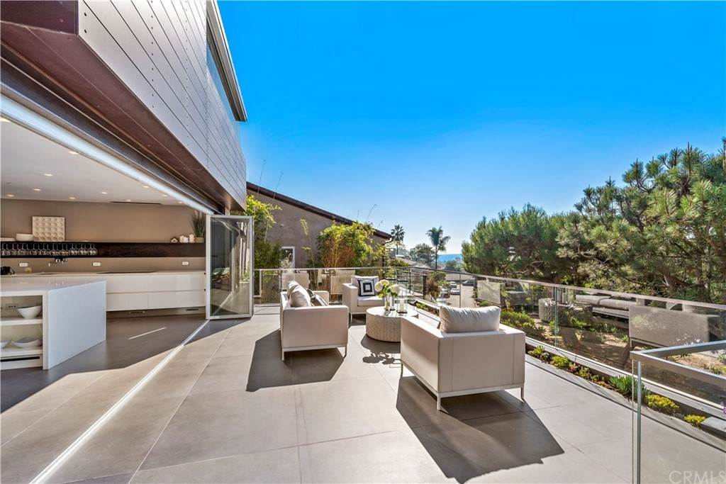 Residential for Sale at 657 Virginia Park Drive Laguna Beach, California 92651 United States