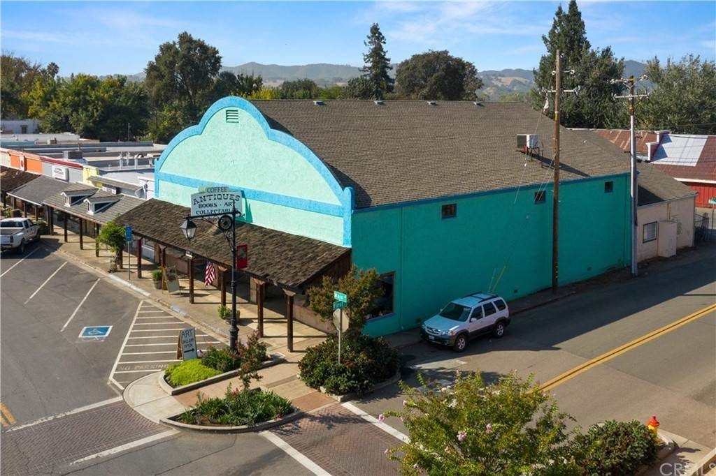 Commercial for Sale at 9495 Main Street Upper Lake, California 95485 United States