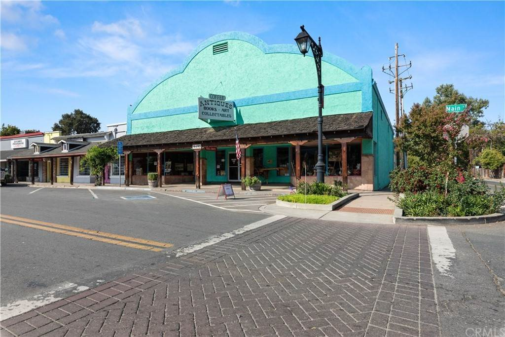 4. Commercial for Sale at 9495 Main Street Upper Lake, California 95485 United States