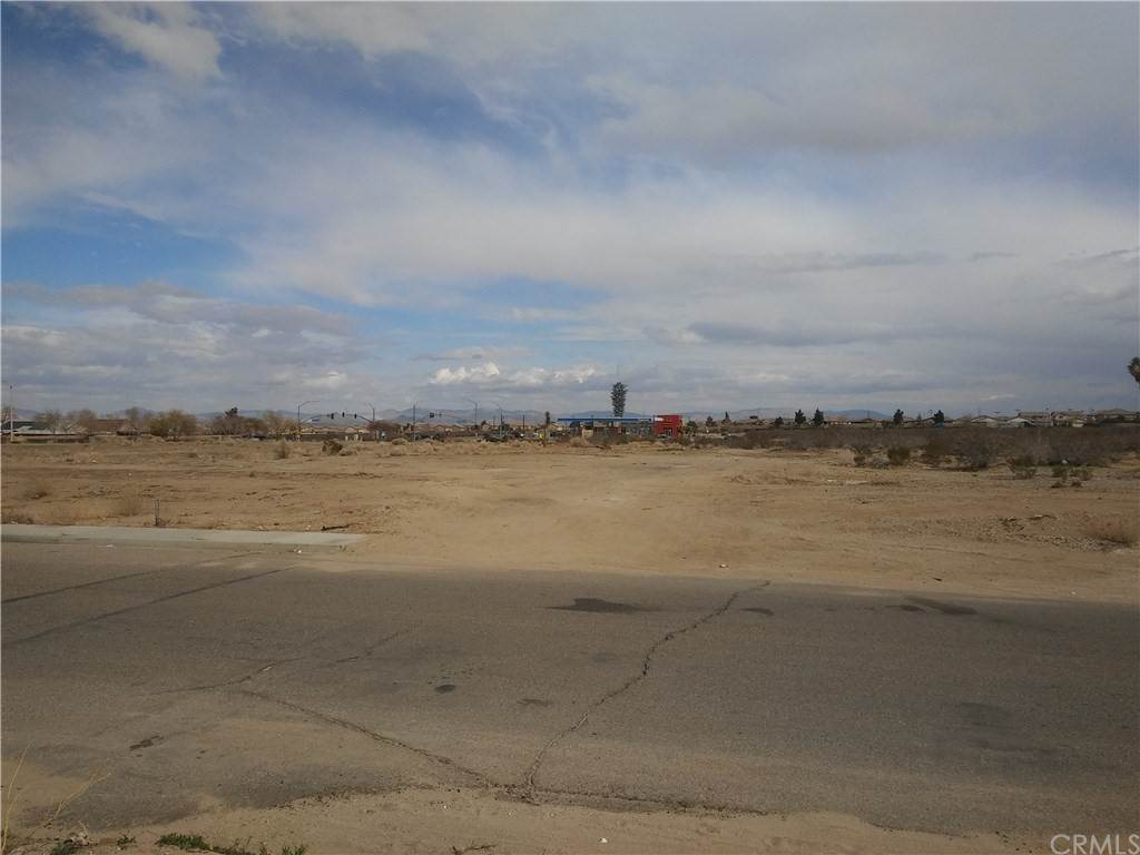 Land for Sale at HWY 395/ Bella Pine Road Victorville, California 92392 United States