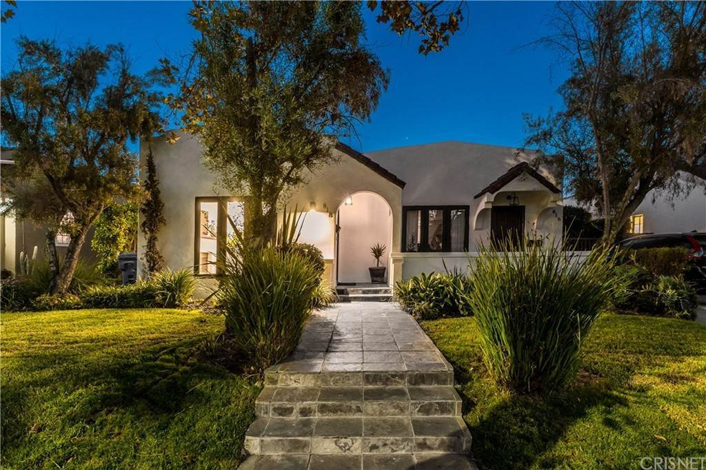 Duplex Homes for Sale at 816 North Mansfield Avenue Hollywood, California 90038 United States