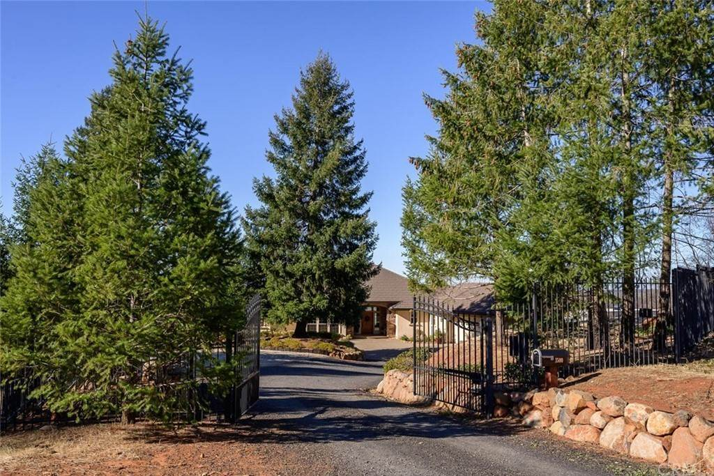 Residential for Sale at 1500 Lofty View Drive Paradise, California 95969 United States