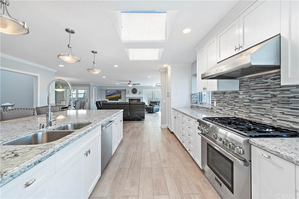 Residential for Sale at 213 19th Street 1 Newport Beach, California 92663 United States