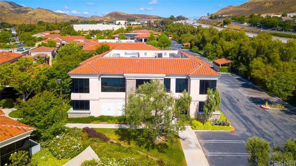 Commercial for Sale at 3205 Old Conejo Road 20 Newbury Park, California 91320 United States