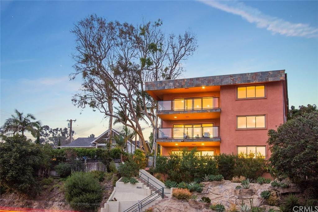 Townhouse Mixed Use for Sale at 2442 S Coast Highway 2442 S Coast Highway Laguna Beach, California 92651 United States