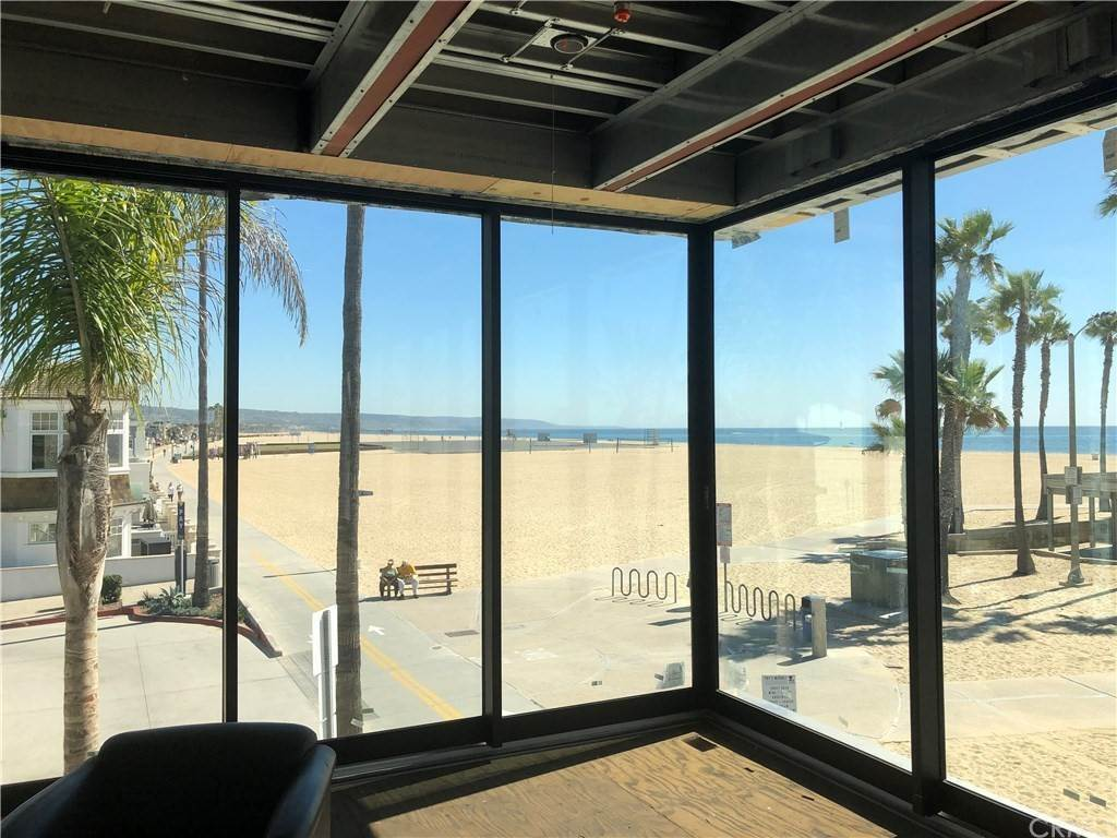 2. Residential for Sale at 1504 West Oceanfront Newport Beach, California 92661 United States