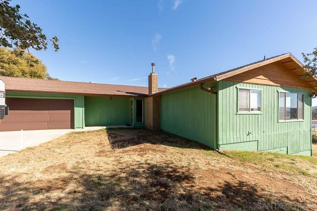 Residential for Sale at 34621 Navajo Road Julian, California 92036 United States