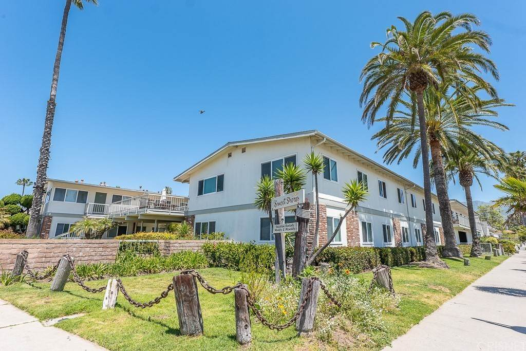Residential for Sale at 4980 Sandyland Road 104 Carpinteria, California 93013 United States