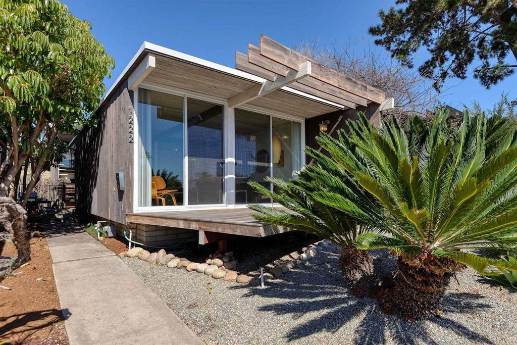 Residential for Sale at 1222 AGATE Street Pacific Beach, California 92109 United States