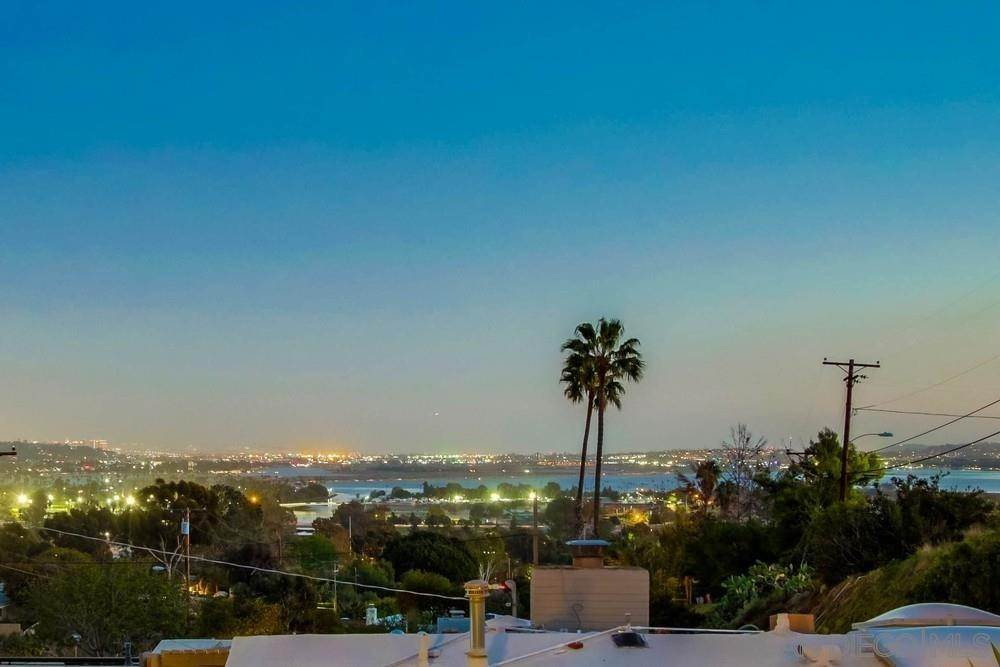 Residential for Sale at 4962 SAN JOAQUIN DRIVE Pacific Beach, California 92109 United States