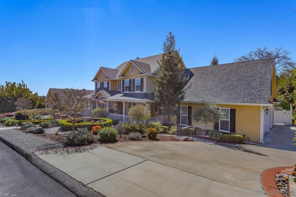 Residential for Sale at 2035 Mango Glen Vista, California 92084 United States