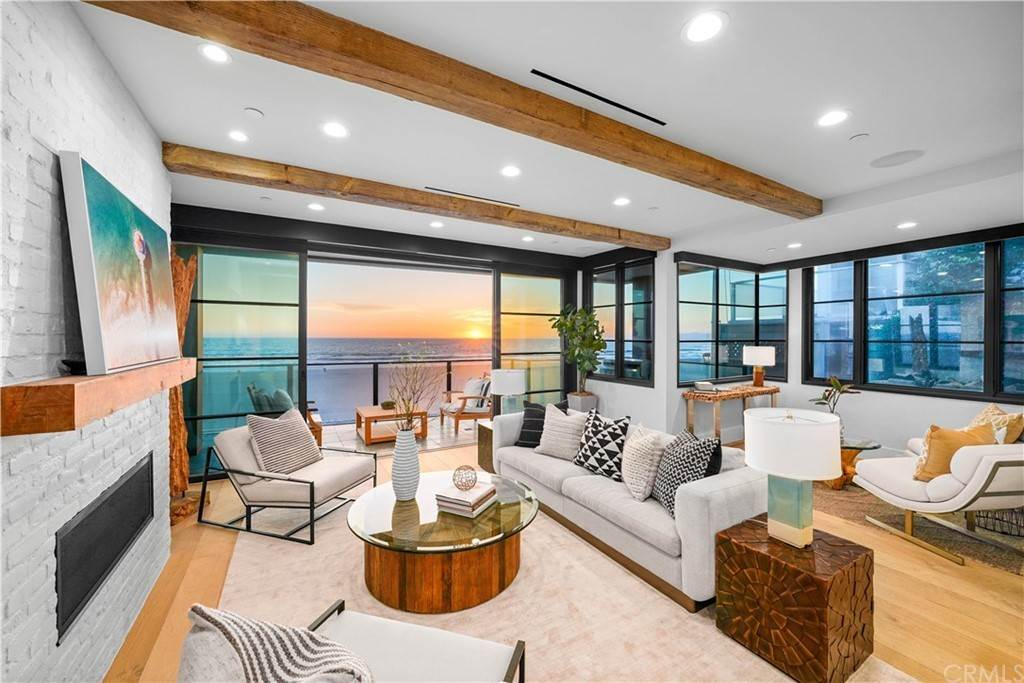 Residential for Sale at 508 The Strand Manhattan Beach, California 90266 United States