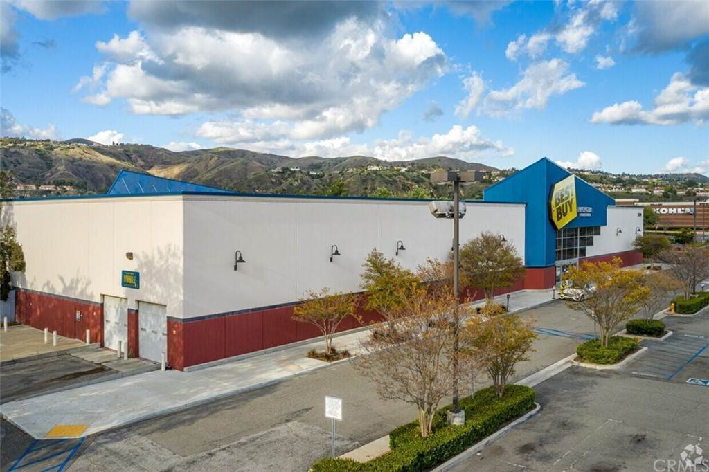 Commercial for Sale at 23000 Savi Ranch Yorba Linda, California 92887 United States