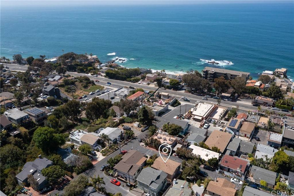 Duplex Homes for Sale at 31722 Florence Avenue Laguna Beach, California 92651 United States