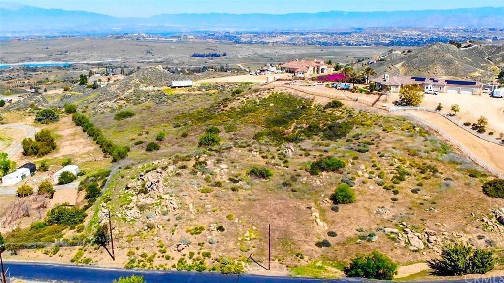 Land for Sale at Via Barranca Lake Mathews, California 92570 United States