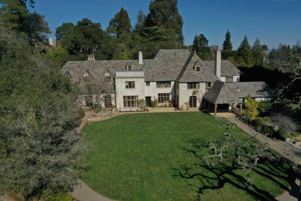 Residential for Sale at 101 Robin Road Hillsborough, California 94010 United States