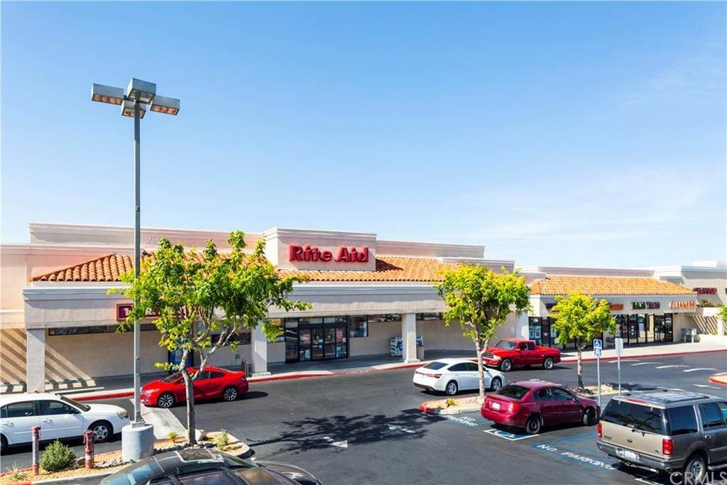 Commercial for Sale at 13738 Bear Valley Road Victorville, California 92392 United States