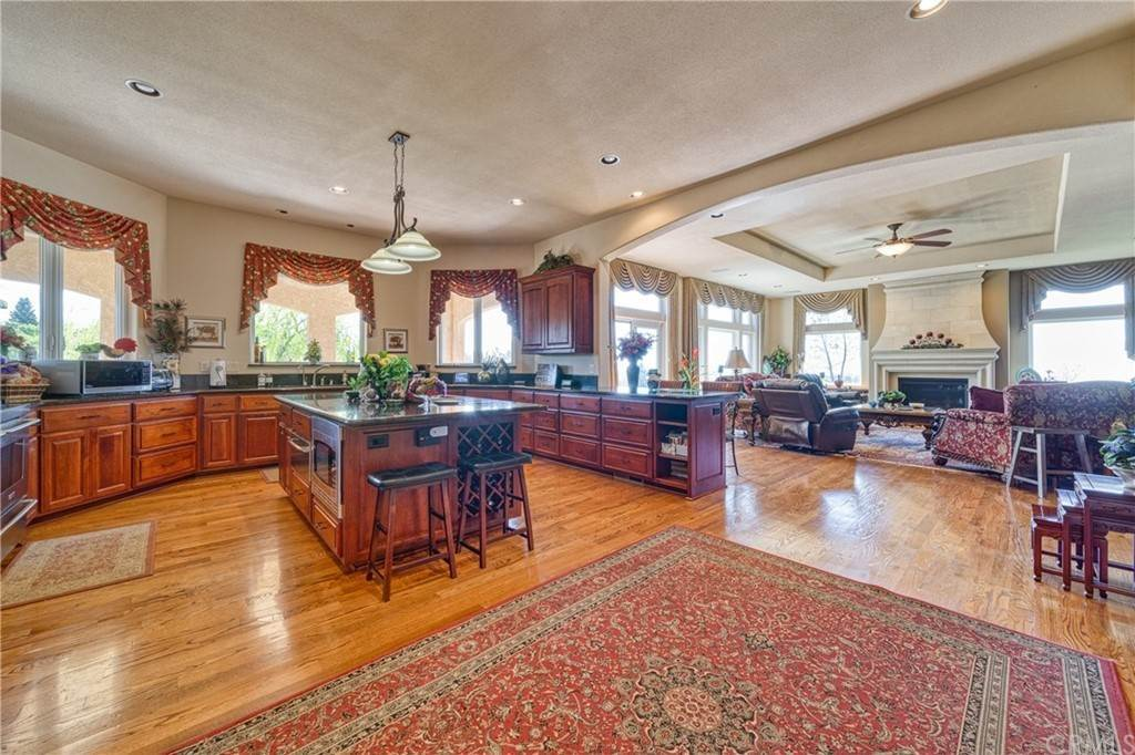 Residential for Sale at 5972 Royal Point Drive Paradise, California 95969 United States