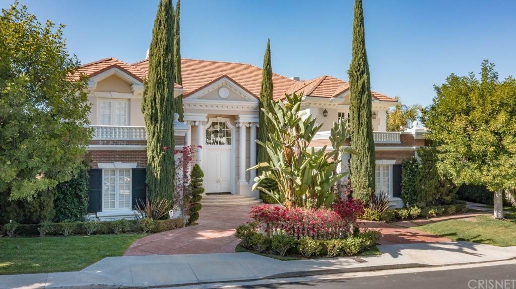 Residential for Sale at 19219 Allandale Drive Tarzana, California 91356 United States