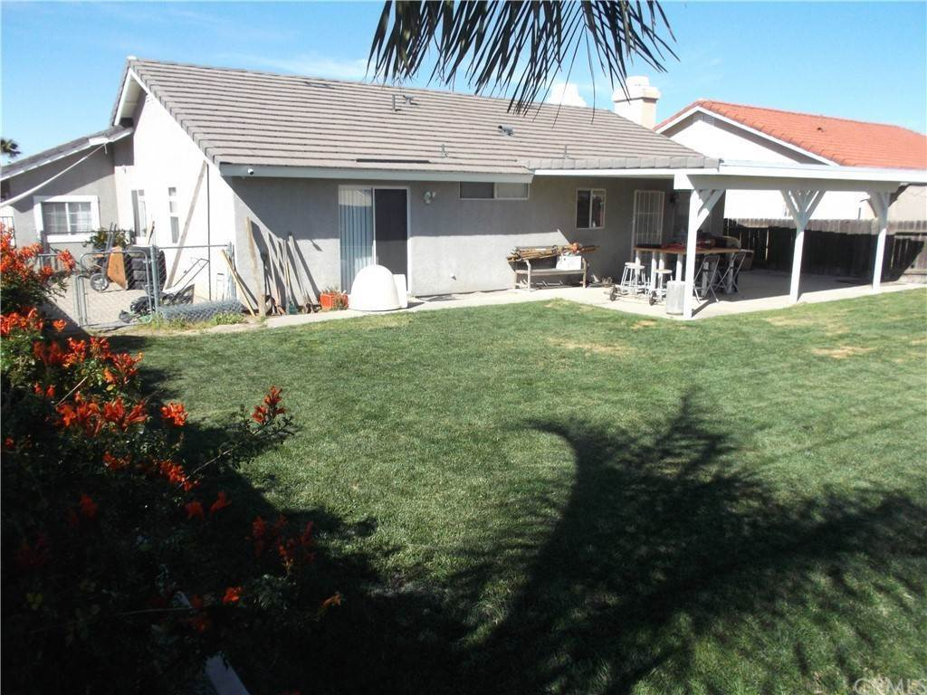Residential for Sale at 21553 Foxwood Court Lake Mathews, California 92570 United States