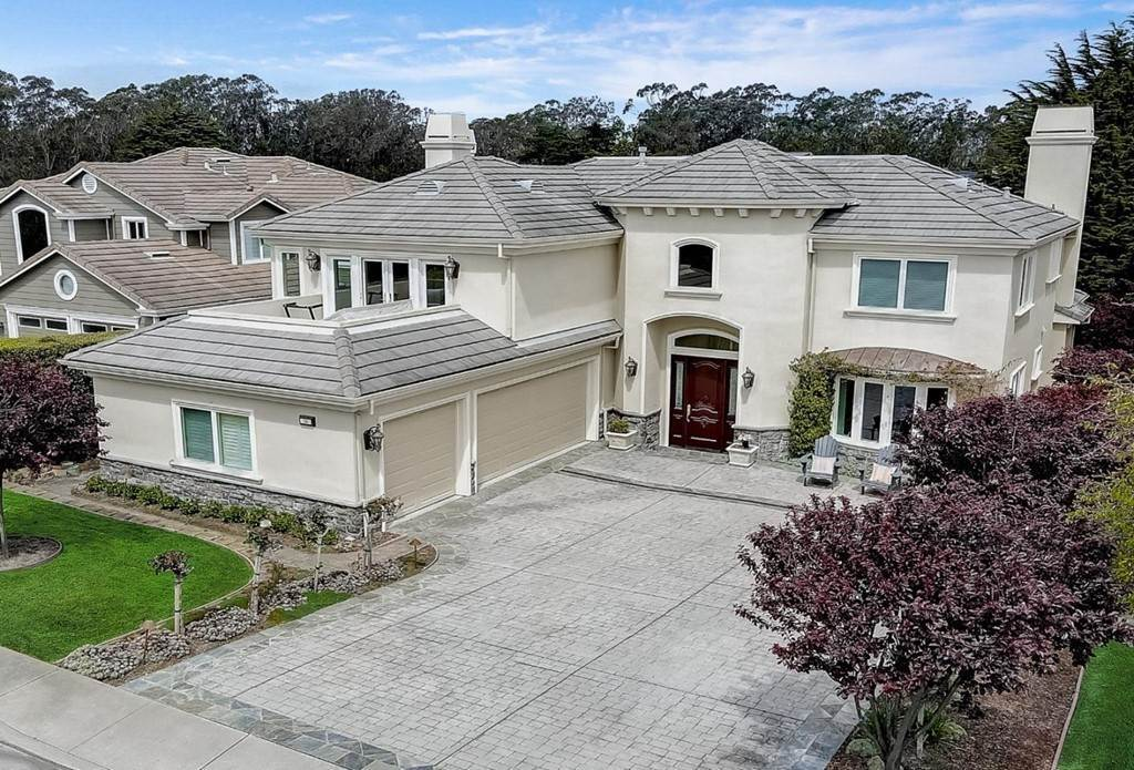 Residential for Sale at 31 Turnberry Road Half Moon Bay, California 94019 United States