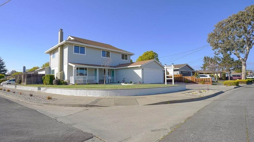 Residential for Sale at 5577 Mcdonald Avenue Newark, California 94560 United States