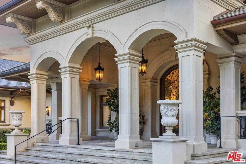 Residential for Sale at 2535 Sycamore Canyon Road Santa Barbara, California 93108 United States