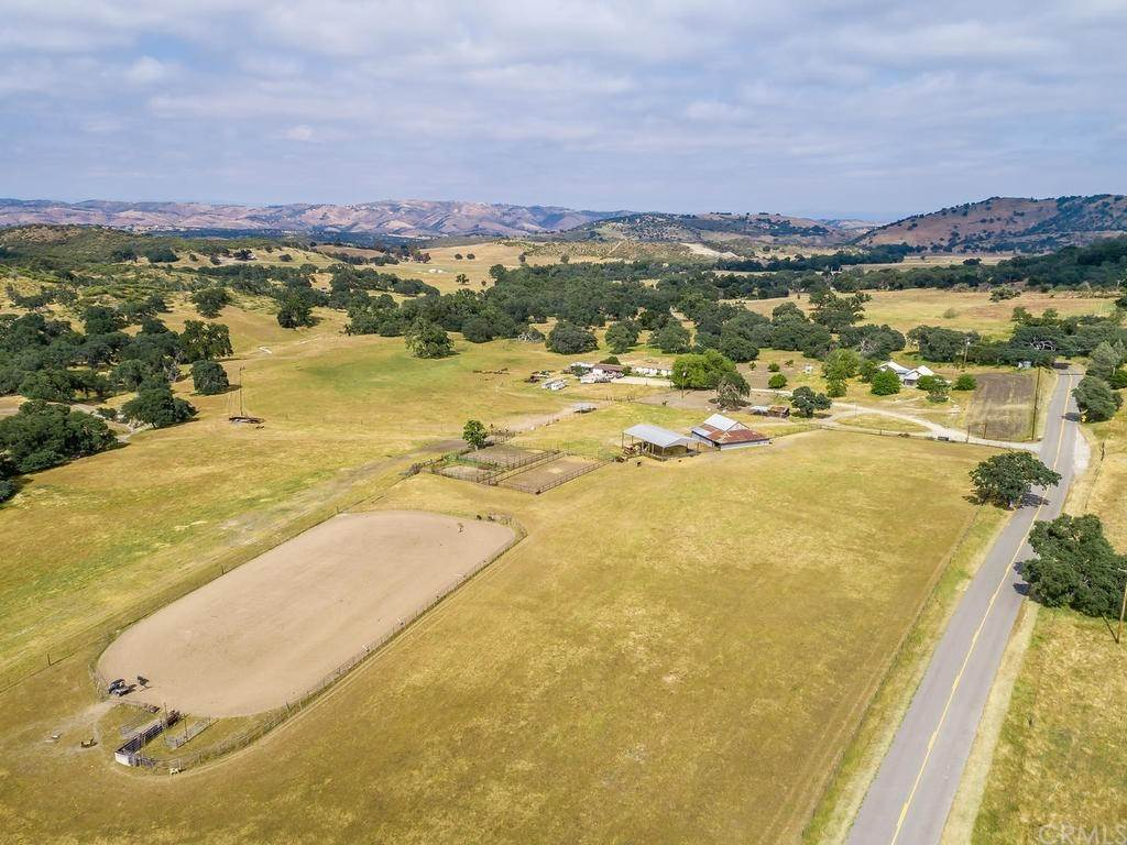Residential for Sale at 8025 Lynch Canyon Road Bradley, California 93426 United States