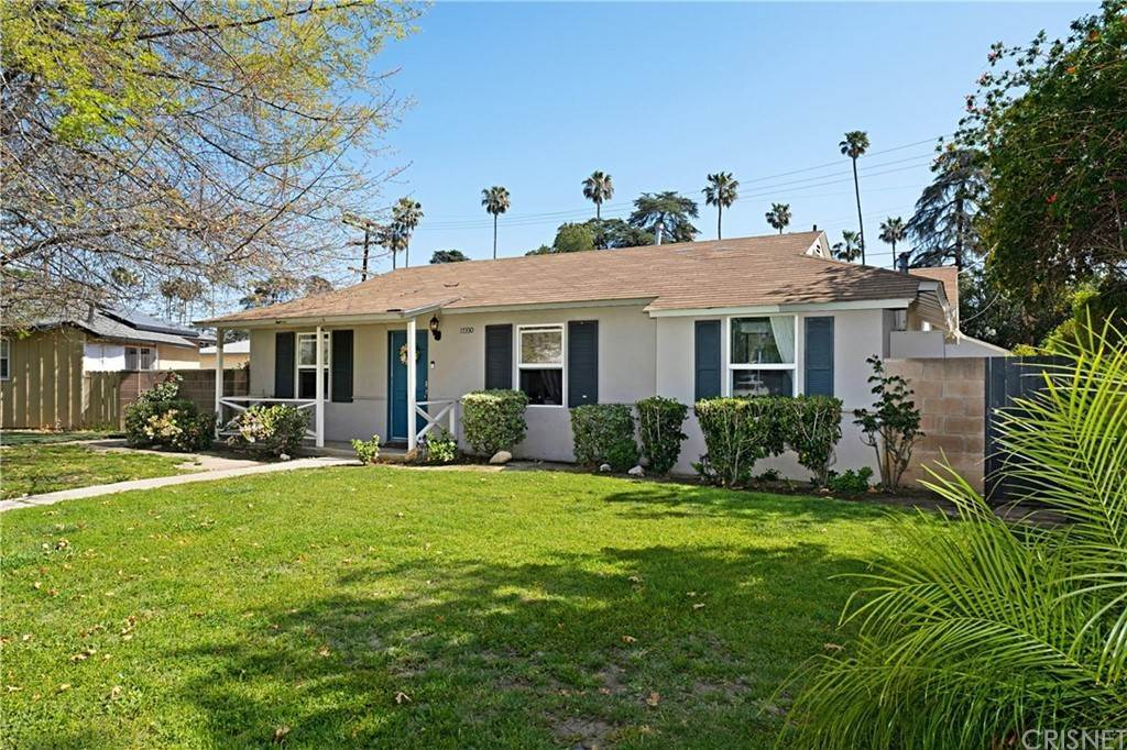 Residential for Sale at 17330 Cantlay Street Lake Balboa, California 91406 United States