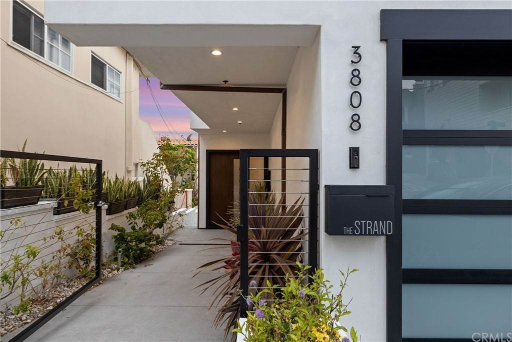 Residential for Sale at 3808 The Strand Drive Manhattan Beach, California 90266 United States