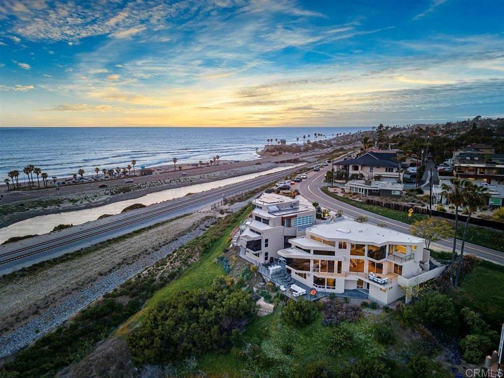 Residential for Sale at 2516 San Elijo Avenue Cardiff By The Sea, California 92007 United States