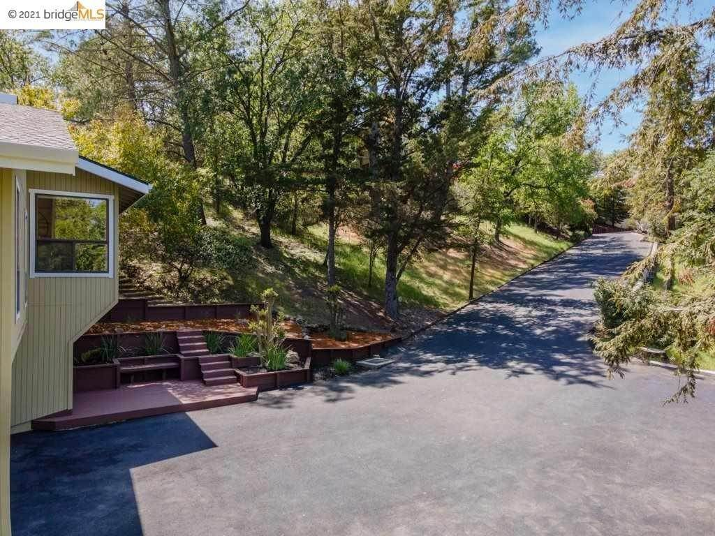 Residential for Sale at 895 Holly Hill Drive Walnut Creek, California 94596 United States