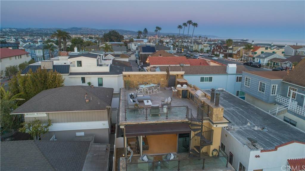 Residential for Sale at 204 7th Street Newport Beach, California 92661 United States