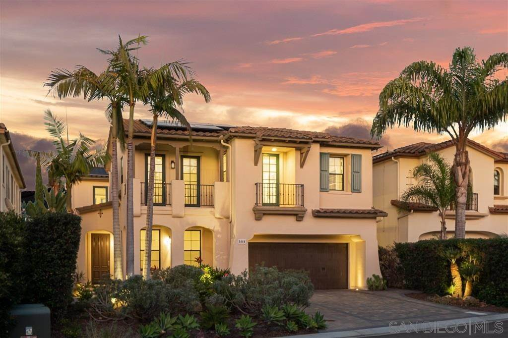 Detached House at 5444 Valerio Trail San Diego, California 92130 United States